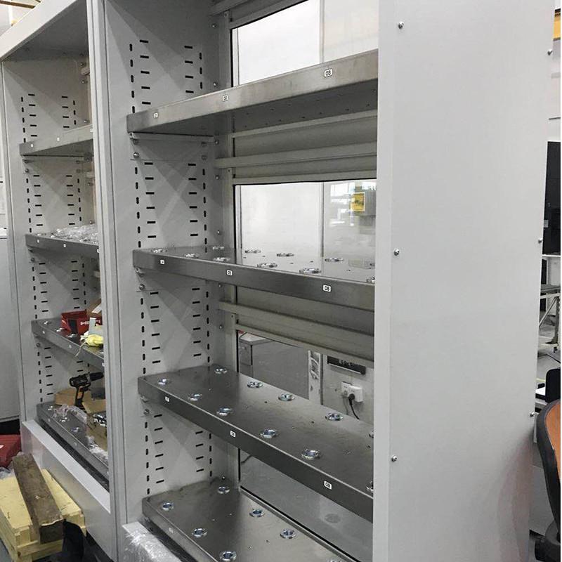 工业机器人外围料仓设备3